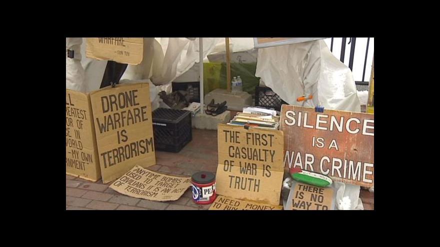 Video Věční demonstranti obětovali život boji za svou věc