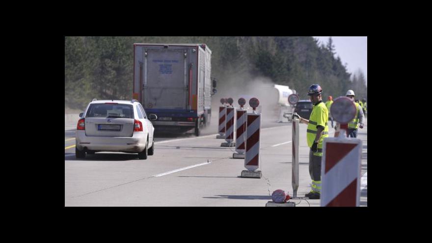 Video Provoz v úseku Šternov-Psáře sveden do jednoho pásu, zatím bez komplikací