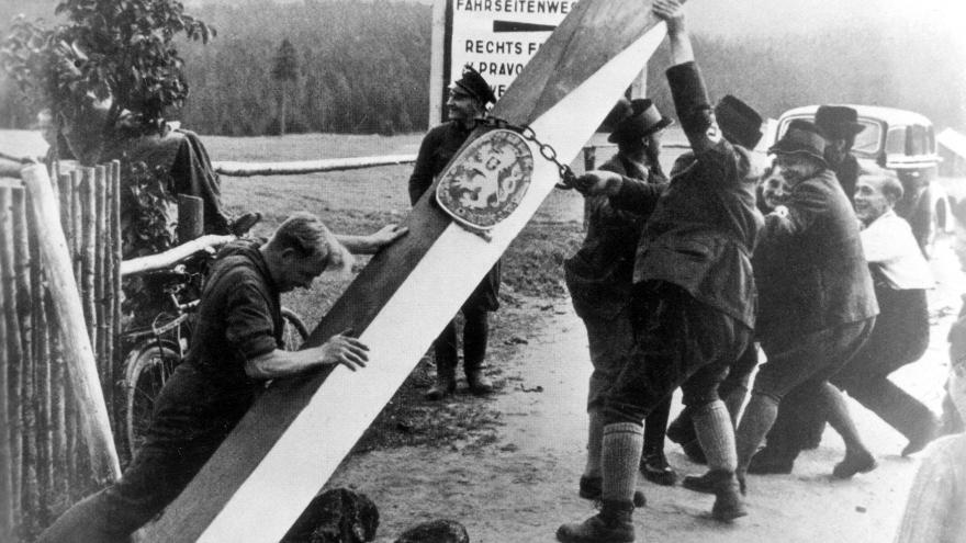 Video Mimořádné pořady ČT24 - 80. výročí podpisu Mnichovské dohody