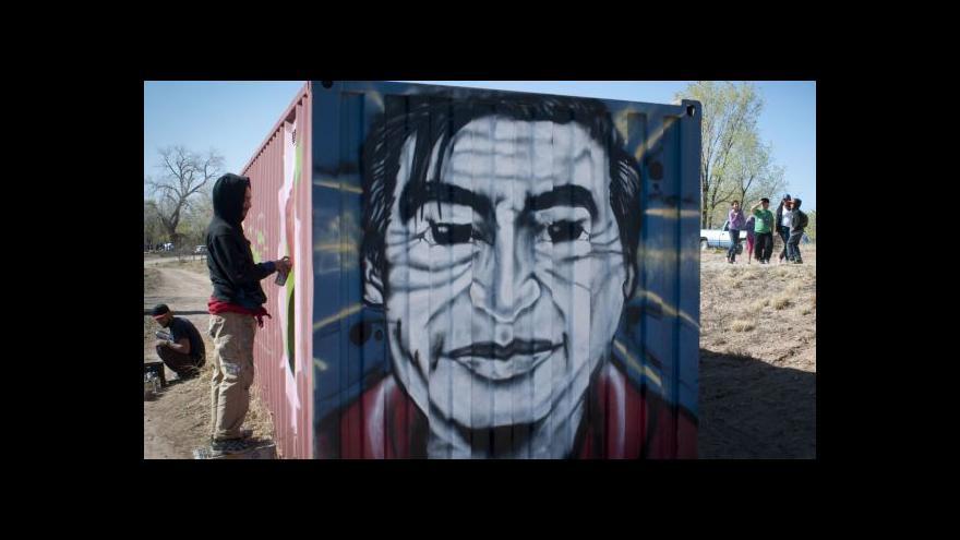 Video Amerika si připomíná Cezara Chaveze