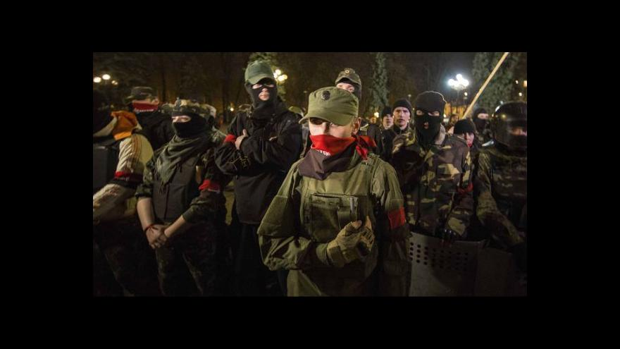 Video Milice Pravého sektoru musí vyklidit centrum Kyjeva