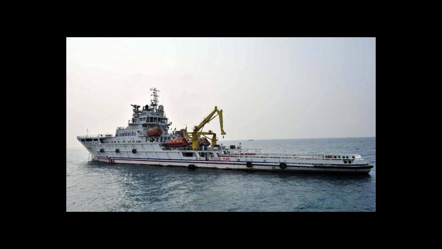 Video Salajka: Po černých skřínkách letu MH370 pátrají speciální lodě
