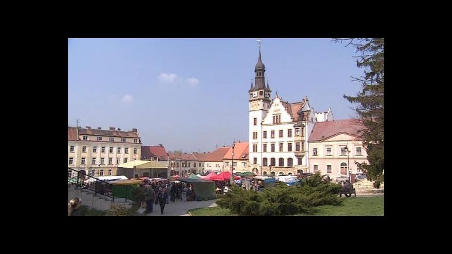 Video No comment: Mandloňové slavnosti v Hustopečích