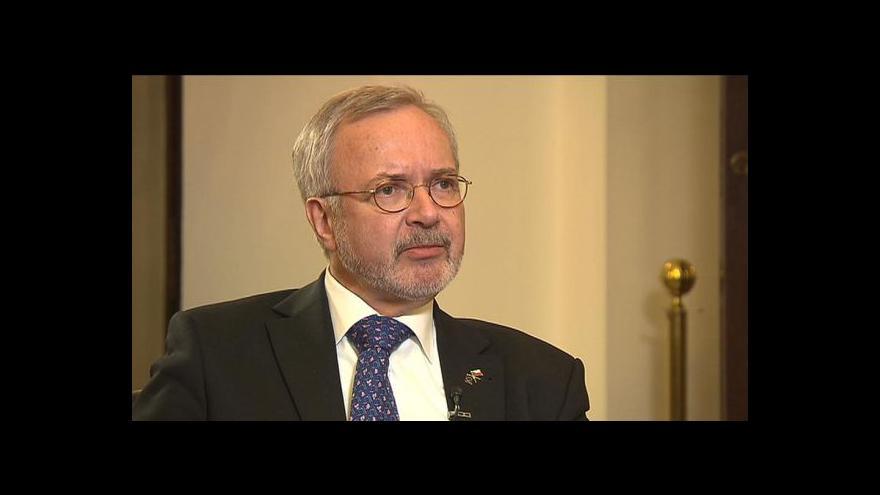 Video Šéf EIB: V Česku půjčíme až 750 milionů eur