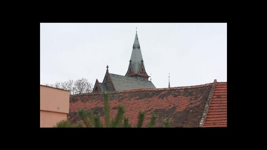 Video První shoda církví a vládních stran: Končíme s jednáním o restitucích