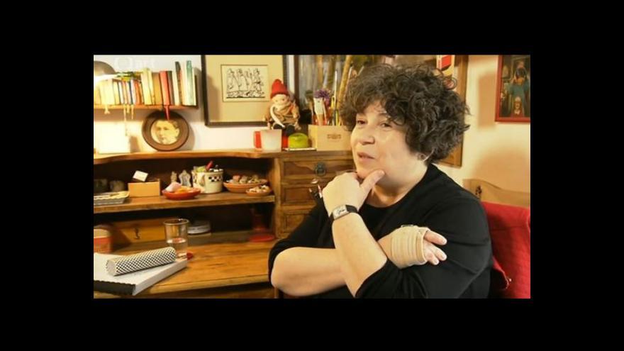 Video Irena Dousková napsala knihu o Haškovi