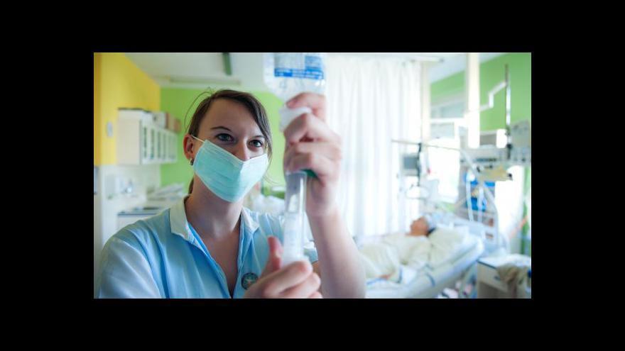 Video Události: Kolaps českého zdravotnictví odvrácen
