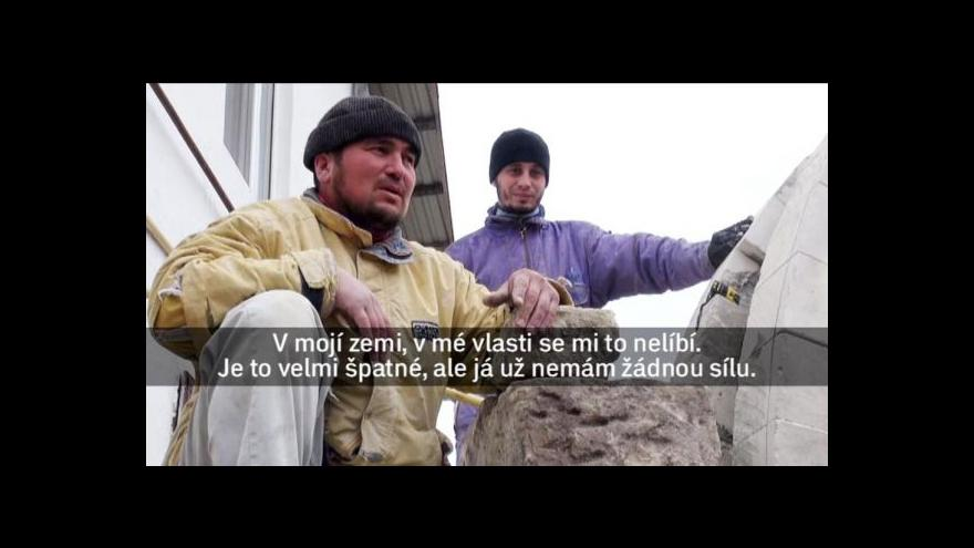 Video Události: Miroslav Karas natáčel mezi krymskými Tatary