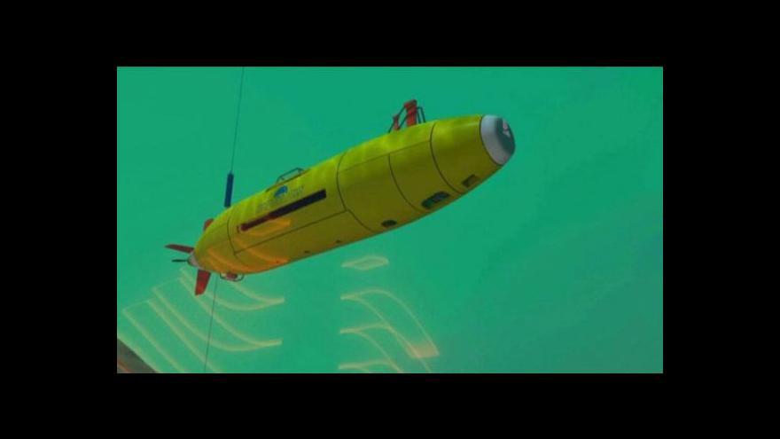 Video Remus 6000. Ponorka, která může najít ztracené letadlo