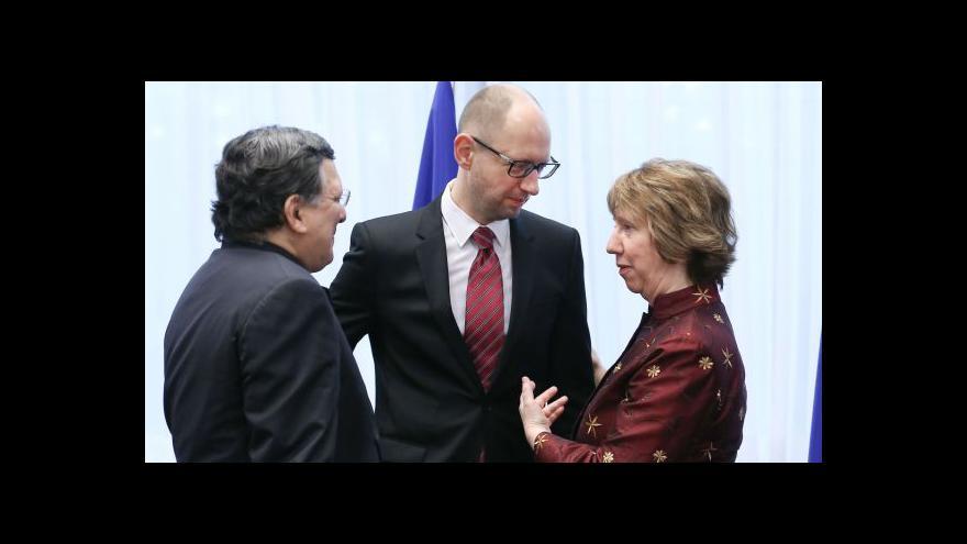 Video Brusel a Kyjev podepsaly politickou část asociační dohody