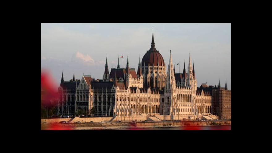 Video Maďarský parlament po volbách zeštíhlí na polovinu