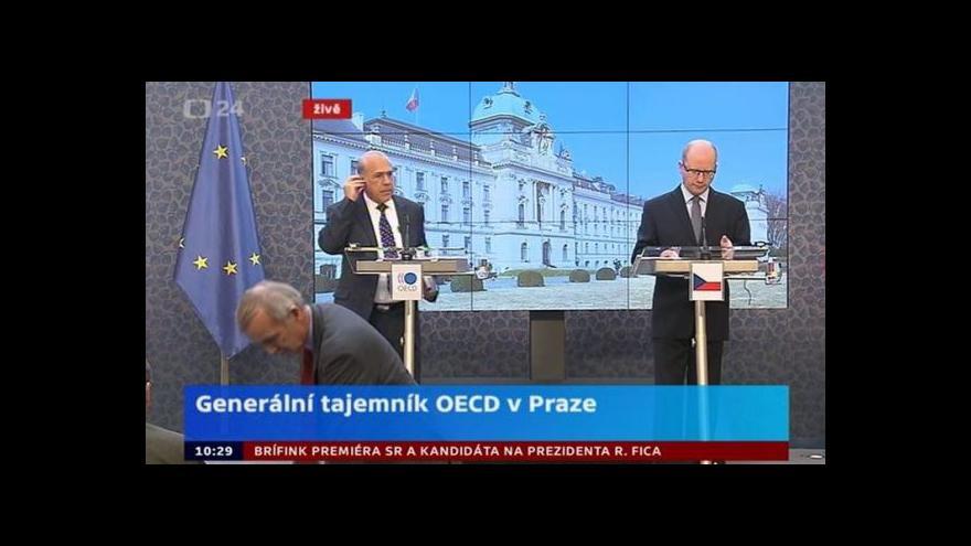 Video Brífink premiéra B. Sobotky a generálního tajemníka OECD A. Gurríy
