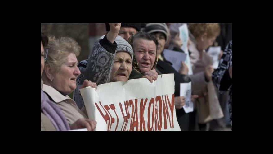 Video Do sporného referenda na Krymu zbývá jediný den