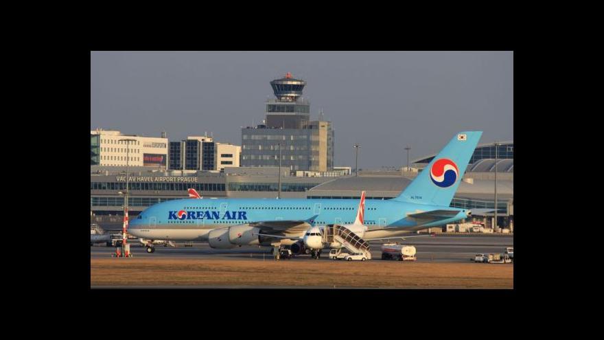 Video V Praze přistál obří Airbus A380