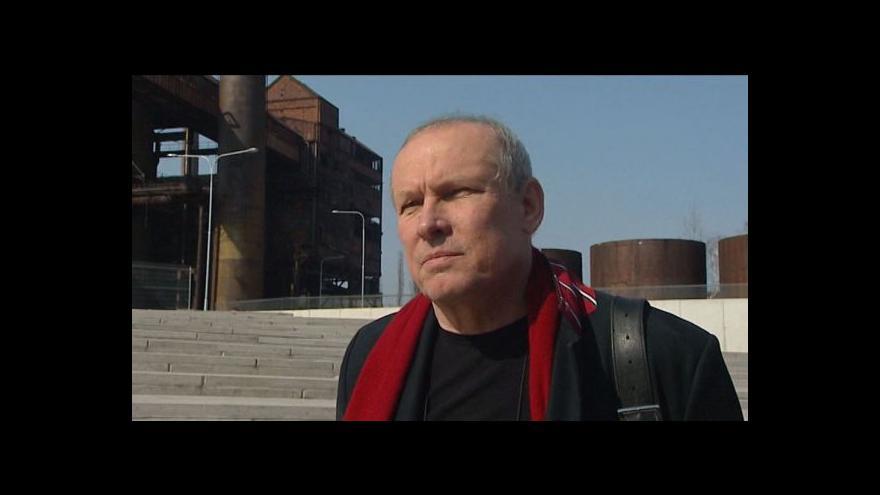 Video Hovoří  Josef Pleskot