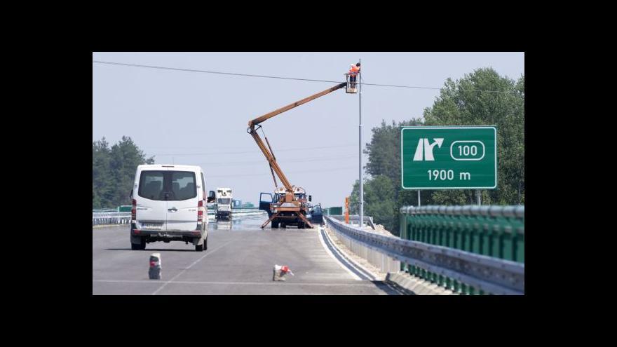 Video Hejtman Zimola se dohodl s provozovateli logistického centra