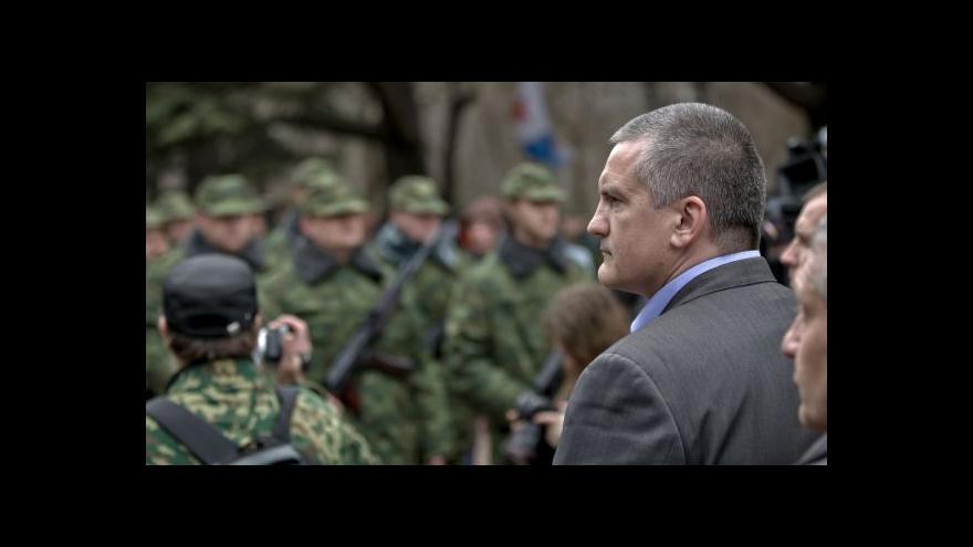 Video Krymský parlament otevřel ruce Rusku, Kyjev mobilizuje armádu