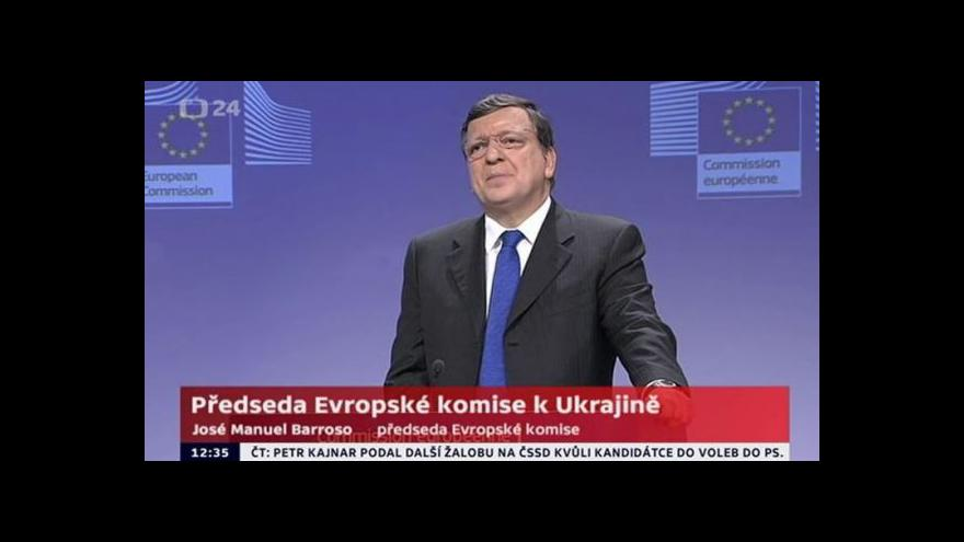 Video Barroso informuje novináře o výši finančního programu