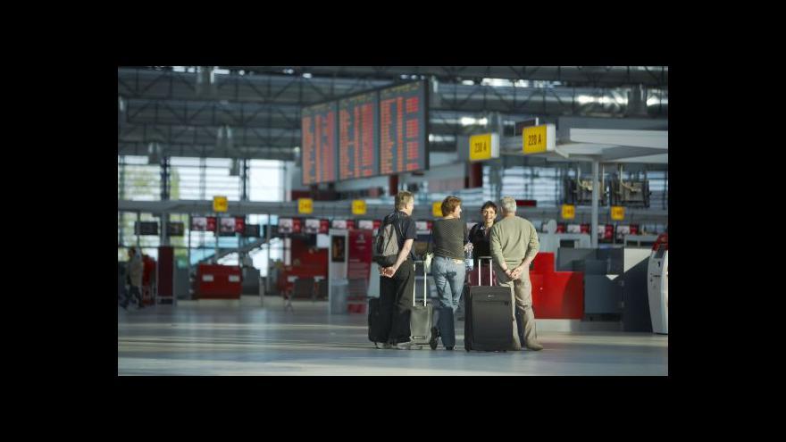 Video Aerolinky se bojí sankcí EU vůči Rusku, ruší se spoje