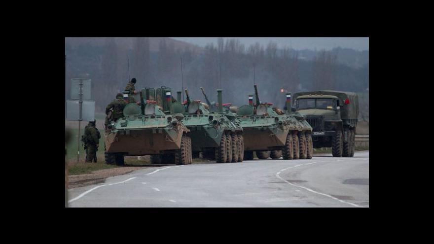 Video Moskva poslala na Krym stovky vojáků (23:00)