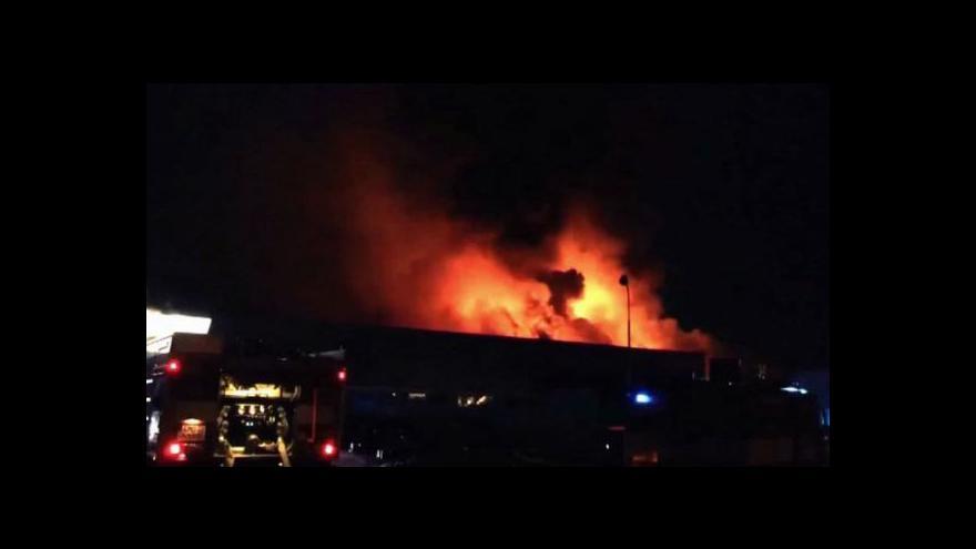 Video Martina Tlachová o požáru olomouckého autosalonu
