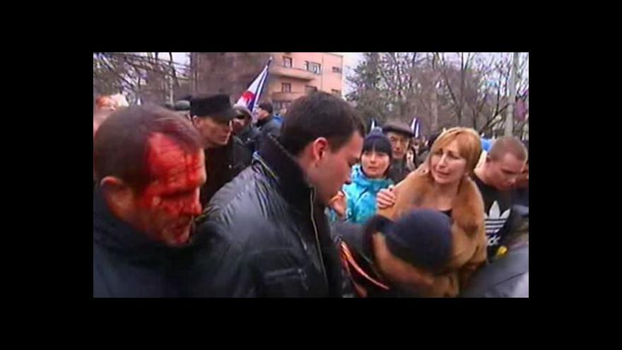 Video Bez komentáře - Demonstrace na Krymu