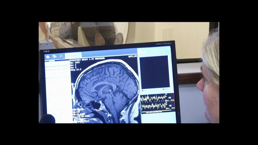 Video Písmo odhalí Parkinsonovu chorobu