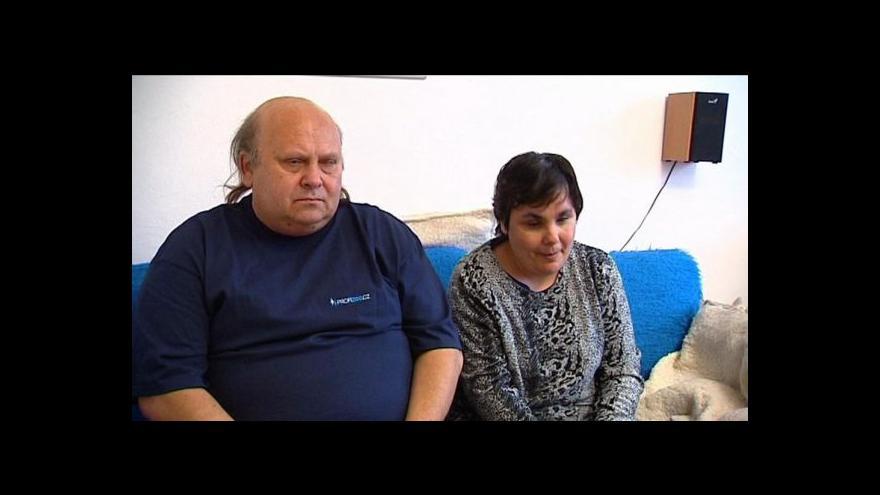 Video Nevidomý pár chce v Česku vybojovat možnost osvojit si dítě