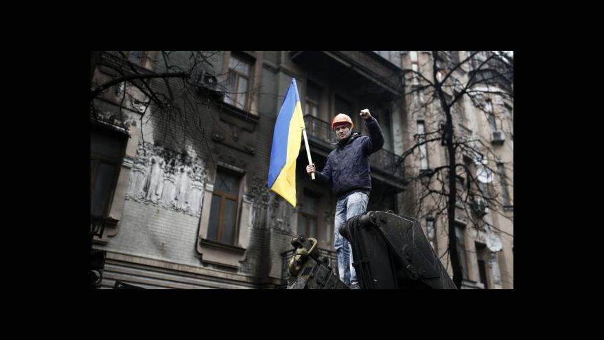 Video Janukovyč nezvěstný, prezidentské pravomoci převzal předseda sněmovny