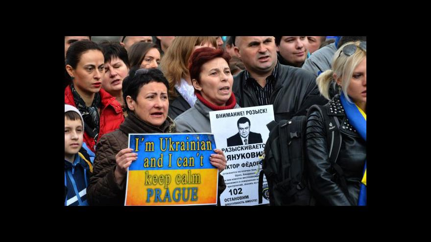Video Češi pro Ukrajinu: Mše, koncert a svíčky