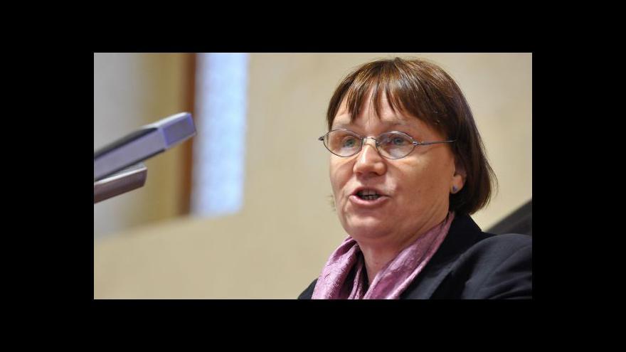 Video Šabatová: Veřejný ochránce práv nemá komentovat dění v zahraničí