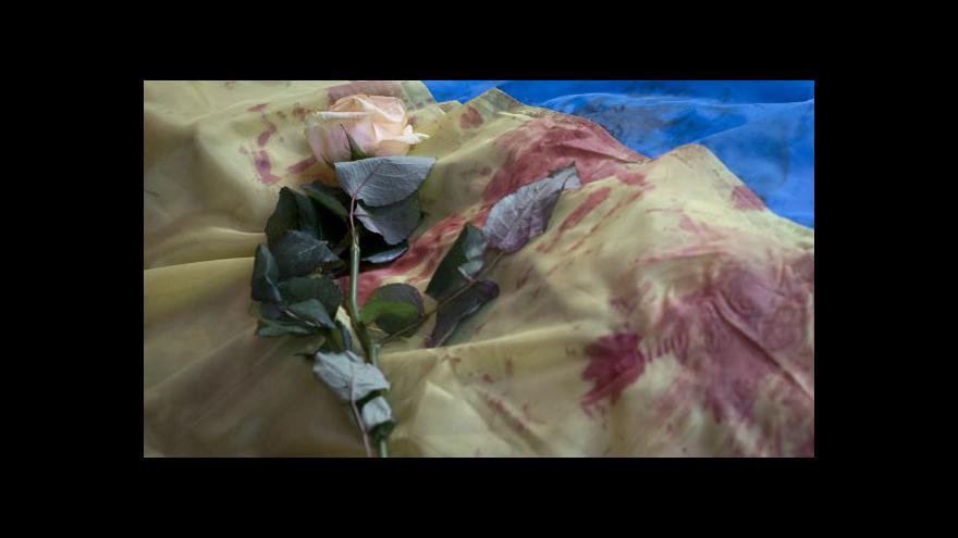 Video Bez komentáře: Krvavý den v Kyjevě