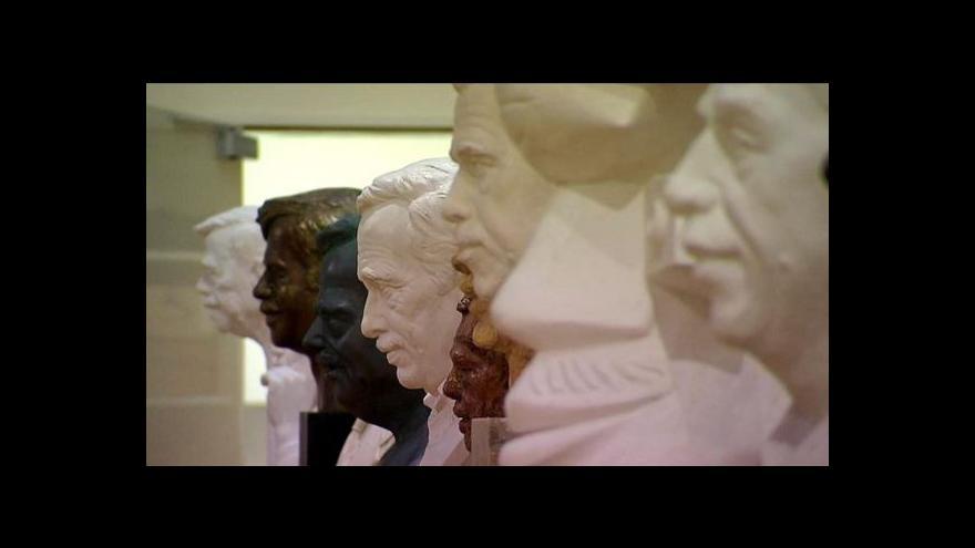 Video Sochařské portréty Václava Havla