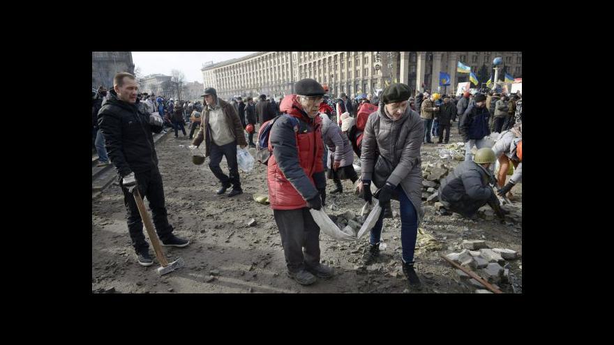 Video Vláda chce uvalit sankce na představitele ukrajinské vlády