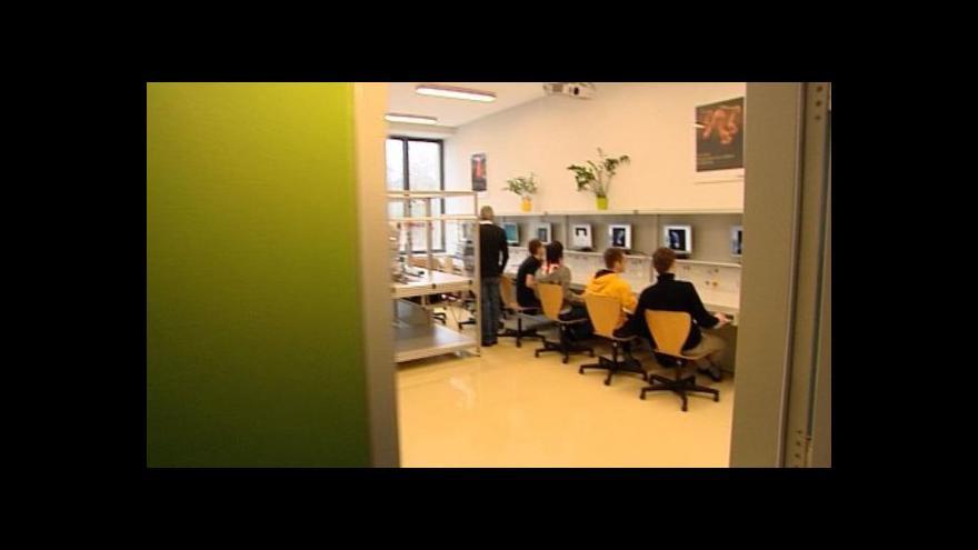 Video Ostrov otevřel unikátní robotické pracoviště