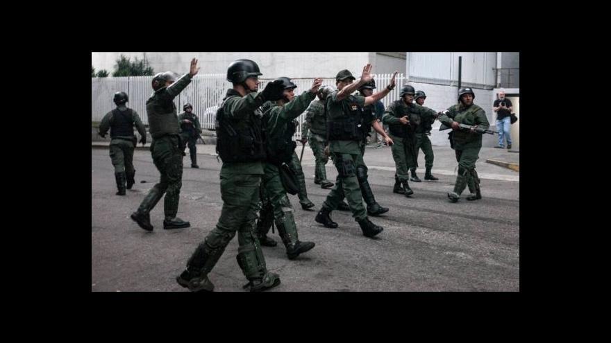 Video Venezuelská vláda jde tvrdě proti opozici