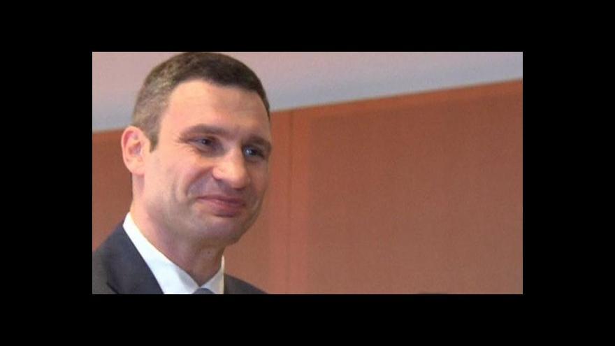 Video Ukrajinská opozice jednala s Merkelovou