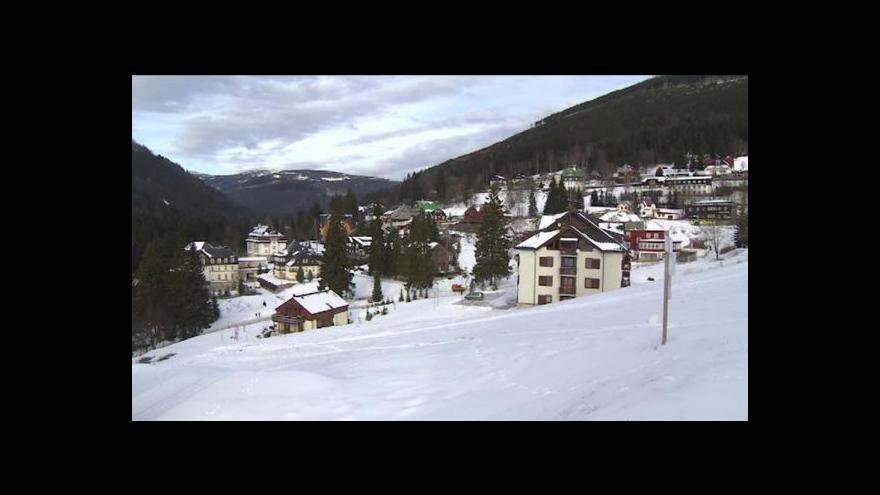 Video Hory bez sněhu