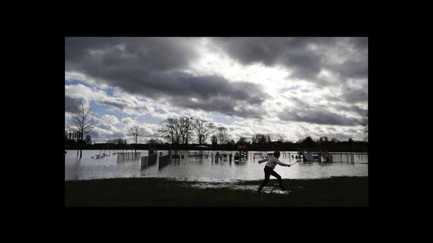 Video Kytka: Británie by potřebovala Noemovu archu