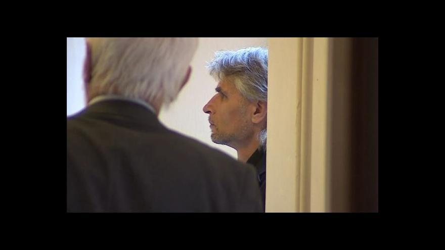 Video Vstup Elišky Čermákové k soudnímu procesu