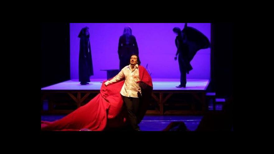 Video Národní divadlo moravskoslezské hraje Macbetha