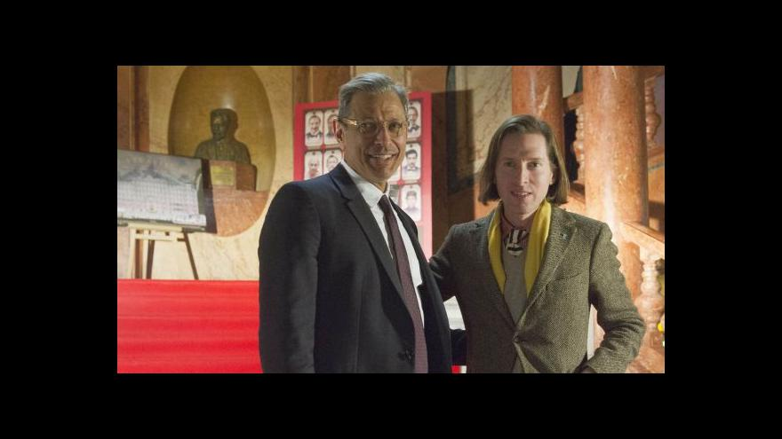 Video Wes Anderson představil v Praze Hotel Budapešť