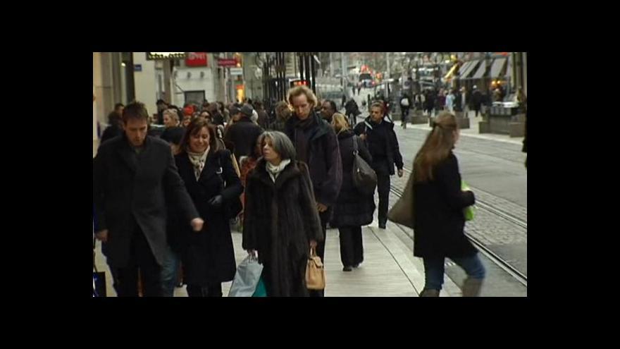 Video Švýcaři přijali návrh na omezení migrace