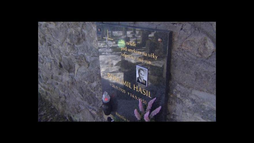 Video Lidé si ve Žlebech připomněli hrdinné bratry