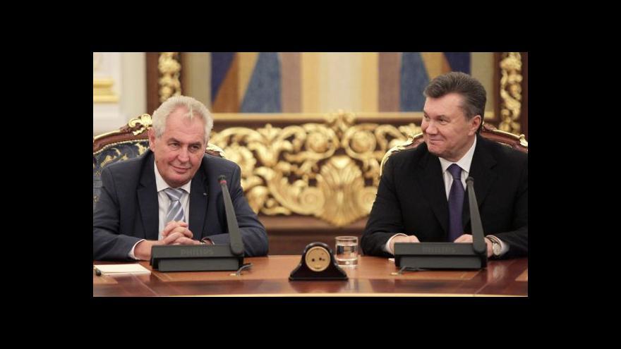 Video Zeman trvá na pozvání Janukovyče do Prahy