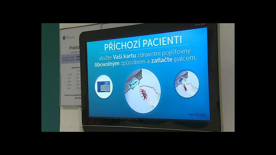Video Čekání u lékaře usnadní čtečka kartiček pojišťoven