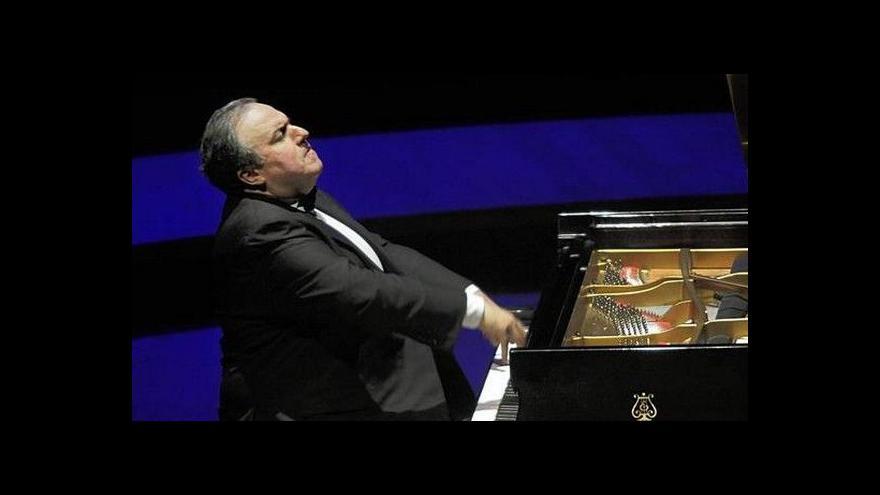 Video Yefim Bronfman hraje v Rudolfinu