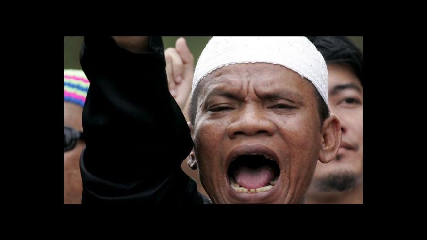 Video Slovo Alláh smí v Malajsii používat jen muslimové