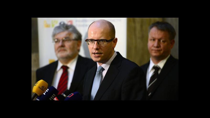 Video Noví ministři přebírali své úřady
