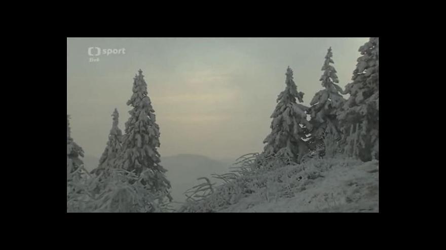 Video Extrémní zimní maraton prověřil na osm set odvážlivců